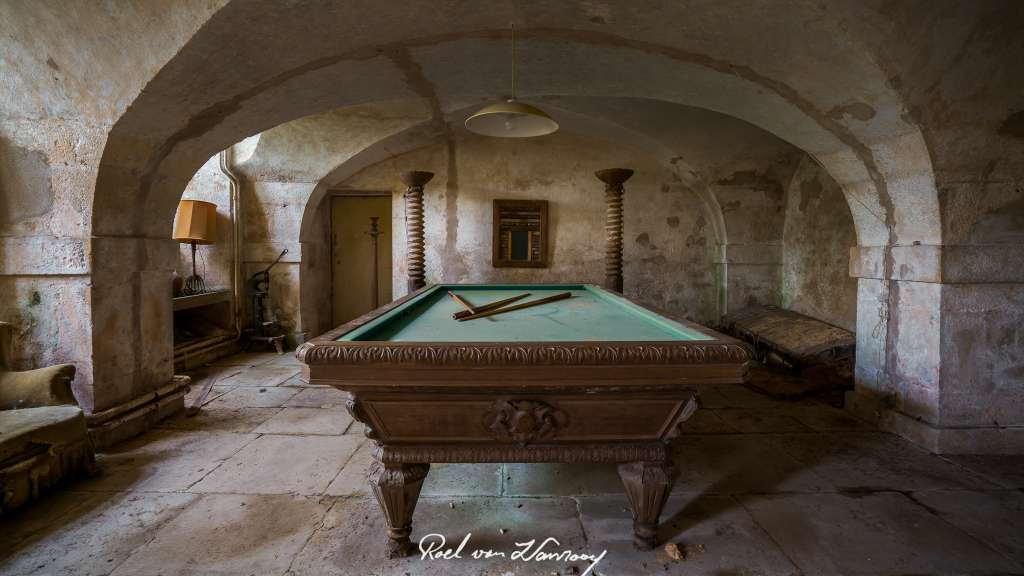 chateau assassin's creed urbex-18.jpg